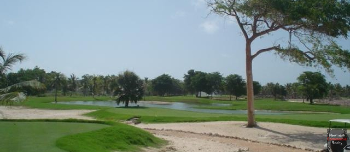 Golf course near by